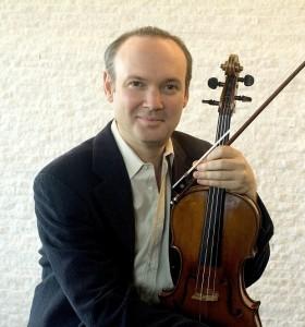 Paul Neubauer (Photo by Bernard Mindich)